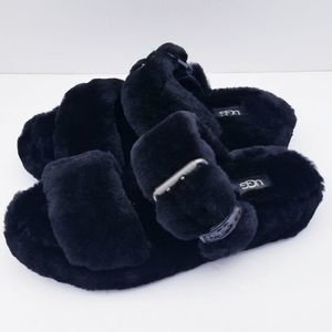 NEW Ugg Fuzz Yeah Slip On Slippers Size 7 Black